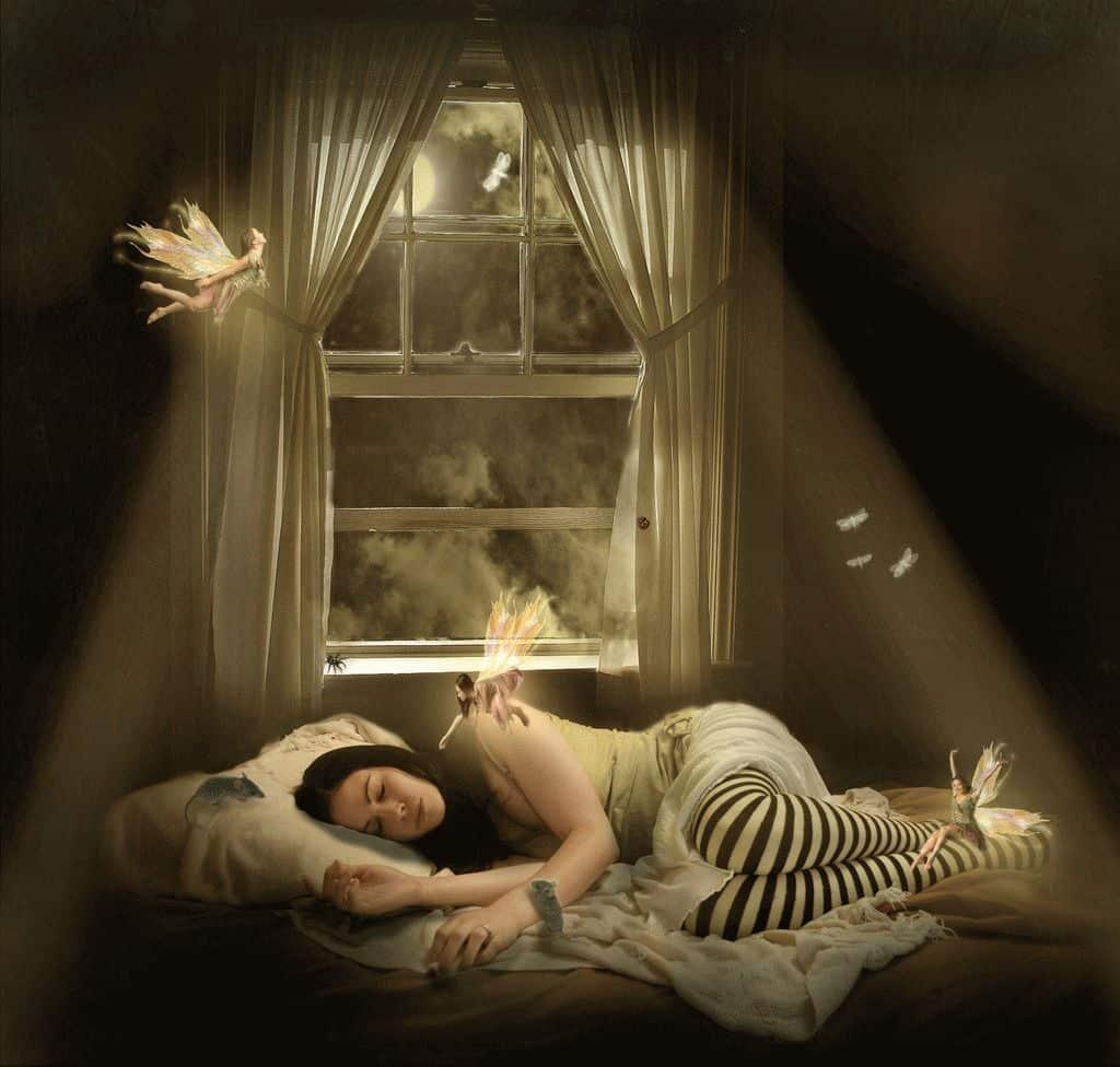 Стали снится яркие сны